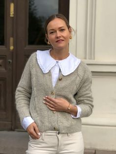 Cable Cardigan deguy.no Cable Cardigan, Sweaters, Fashion, Tricot, Blouse, Moda, Fashion Styles, Sweater, Fashion Illustrations