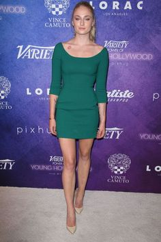 Sophie Turner best red carpet dresses at the Variety Power of Young Hollywood event in Los Angeles Celebrity Beauty, Celebrity Red Carpet, Celebrity Style, Sport Tv, Metzger, Fierce Women, Sexy Women, Red Carpet Dresses, Sophie Turner