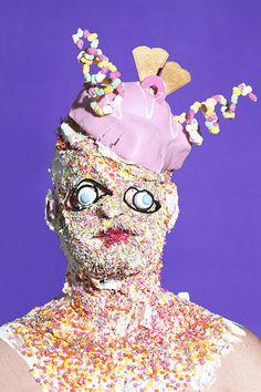 Zucker für das Volk - James Ostrer Ausstellung | TUSH Online
