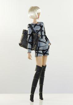 prepare for (FR2 body) set inc.: blazer, shorts, bag, shoes.