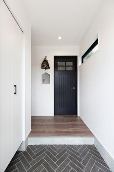 Floor Molding, Front Porch, Entrance, Home Improvement, Sweet Home, Relax, House Design, Flooring, Black And White