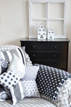 love the pillow! Living Room Decor On A Budget, Paint Colors For Living Room, Home Living Room, Sewing Ideas, Pillows, Patterns, Throw Pillows, Block Prints, Living Room