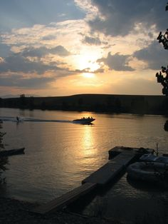 Here's a list that seems fitting with 2014 right around the corner: 14 reasons we love Vilas County #Wisconsin