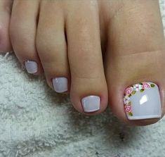 180 eye catching toe nail art ideas you must try page 57 Pretty Toe Nails, Cute Nails, Hair And Nails, My Nails, American Nails, Nail Brushes, Toe Nail Designs, Pedicure Nails, Halloween Nail Art