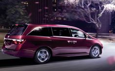 With 248-horsepower and 28 mpg rating, the Odyssey is an efficient performer.    19 city/28 highway mpg rating for Touring models. 18 city/27 highway mpg rating for EX-L and below models. Based on 2013 EPA mileage ratings.