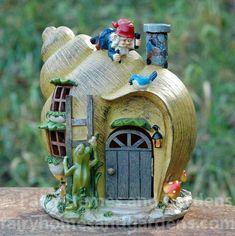 #miniaturefairygardens  Ideen für dein Tiny Haus ,Tiny Home und Mini Haus. Tiny House Bauen und einrichten. Ob stationär oder fahrbar.