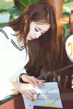 Mê mẩn với vẻ đẹp của 2 mỹ nhân T-ara trong tà áo dài Việt Nam - Ảnh 2.