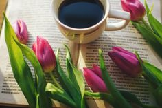 #spring #morning #photo #nature #flowers #book #coffee #nikon #d7100