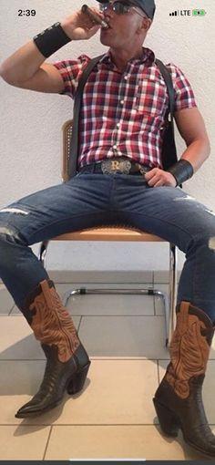 Buckaroo Boots, Hot Country Boys, Cigar Men, Cowboys Men, Men In Uniform, Athletic Men, Mens Fashion, Fashion Outfits, Mens Clothing Styles
