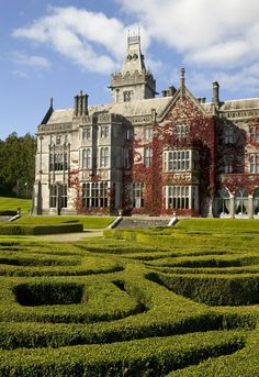 Lynott Tour at Adare Manor, Ireland. Cool Places To Visit, Great Places, Places To Go, Beautiful Places, Places Around The World, Around The Worlds, Adare Manor, Limerick Ireland, Unusual Buildings
