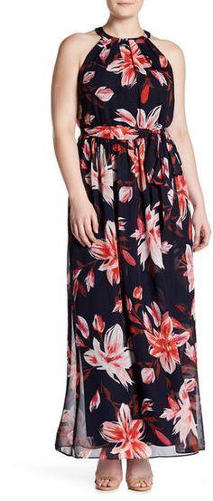 Plus Size Pleated Halter Maxi Dress #plussize
