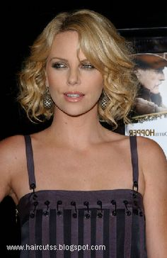 Wavy Short Hair ~ Hairstyles Today's