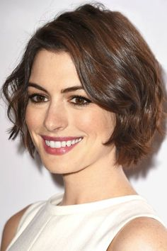 20 short wavy hairstyles for girls. Ideas about short wavy hair. Short hairstyles for wavy hair. Short Hairstyles For Thick Hair, Bob Hairstyles, Curly Hair Styles, Short Haircuts, Classic Hairstyles, Large Forehead Hairstyles, Short Hair For Women, Layered Hairstyles, Modern Haircuts