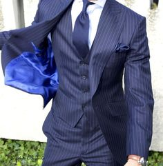 Absolute Bespoke pinstripe three pieces suit