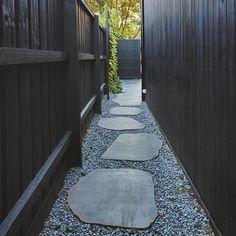 South side simplicity #mainstreetnorthcote 📷@davekulesza