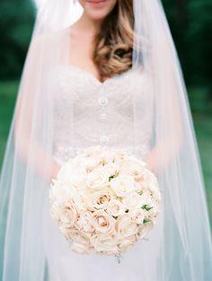 Classic Bradley Estate Wedding Read more - Spring Wedding, Dream Wedding, Wedding Day, Wedding Ceremony, Wedding Styles, Wedding Photos, Wedding Bells, Wedding Bouquets, Wedding Flowers