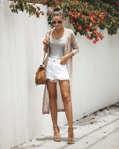 36 Stunning Spring Outfit Ideas With Wedges - WordPress Sitesi Classy Summer Outfits, Summer Outfit For Teen Girls, Plus Size Summer Outfit, Womens Fashion Casual Summer, Women's Summer Fashion, Spring Outfits, Cruise Fashion, Boho Outfits, Casual Outfits