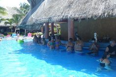swim up bar barcelo maya palace | Pool - Picture of Barcelo Maya Tropical, Puerto Aventuras