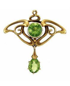 Art Nouveau Gold and Peridot Pin - c. 1900.