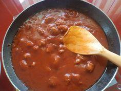 boulettes de chair à saucisse à la sauce tomates fait par Serge Morel