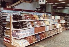 Az üzemi étkezés mellett megjelentek a mindennapokat megkönnyítő termékek, a konzervek mellett egyre nagyobb választékban lehetett kapni fagyasztott gyümölcsöt, konyhakész termékeket. Az éhezés gyakorlatilag megszűnt, még a legszegényebbeknek sem volt probléma a mindennapi élelmiszer megvásárlása.