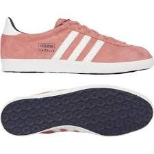 9787a400bcf10 Baskets Gazelle velours Rose by ADIDAS   Sho-sho-shoes   Pinterest   Adidas,  Boutique and Clothing