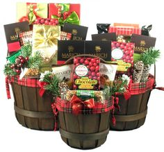 Wine Basket Gift Ideas Discover Holiday Traditions Gift Basket Holiday Traditions - Christmas gift basket (all three shown) Christmas Gift Baskets, Christmas Gift Box, Christmas Treats, Christmas Holidays, Holiday Gift Baskets, Wine Gift Baskets, Basket Gift, Goodie Basket, Creative Birthday Ideas