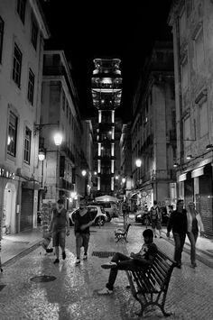 By night #Lisboa #Portugal ©Luis Novo