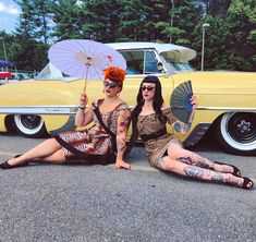 "Vintagestyle Seamstress on Instagram: ""Jungle Ladies 🖤🧡 • My ghoul @blvck.wid0w Dress handmade by @gorgeouslyvintage • • • • • #pinup #tattoos #pinupgirl #ink #inked #tattooed…"" Dressmaking, Pinup, Tattoos, Lady, Handmade, Vintage, Instagram, Sew Dress, Tatuajes"
