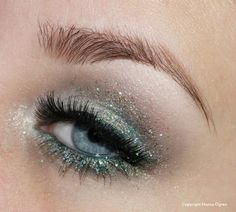 This would look great on dark eyes too, maybe with darker, green glitter