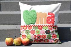 Oma-Kissen Opa-Kissen Geschenk in Nordrhein-Westfalen - Wassenberg | eBay Kleinanzeigen Throw Pillows, Birthday, Cottage, Ideas, Homemade Christmas, Grandpa Birthday, Sew Gifts, Cushions, Decorative Pillows