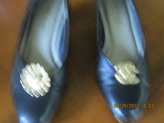 Took some clip on earings and zing blinged my dress pumps, can use any type of clip ons always have pairs not being used so Zing up your shoes!