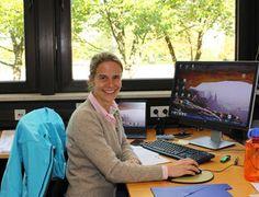 Julia Kunze-Liebhäuser beschäftigt sich mit der elektrochemischen Energieumwandlung und -speicherung. Faces, Learning, School, Life, Energy Transformation, Challenges, Too Busy, Sustainability, Studying