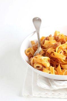 Tagliatelle al ragù Bolognese, my favorite pasta dish Pasta Recipes, Dinner Recipes, Cooking Recipes, Italian Dishes, Italian Recipes, Pasta Party, Pasta With Meat Sauce, Great Recipes, Favorite Recipes