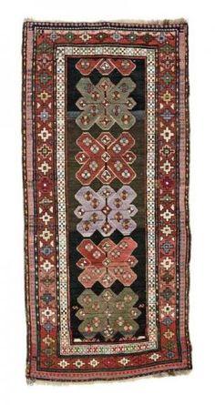 Kaukasisch-Karabagh-Teppich  um 1930, Ghiordes-Knote, abgenutzt, beschädigt, unvollständig, 206*96 cm Caucasian-Karabagh-rug  around 1930, ghiordes-knot, worn, damaged, incomplete, 206*96 cm