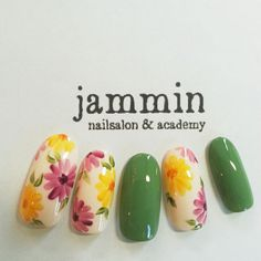 Here are some hot nail art designs that you will definitely love and you can make your own. You'll be in love with your nails on a daily basis. Fancy Nails, Trendy Nails, Cute Nails, My Nails, Spring Nails, Summer Nails, Nail Art Designs, Floral Nail Art, Japanese Nails