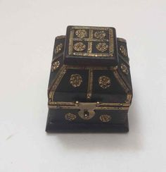 Small Asian Design Treasure Chest Jewelry Trinket Gift Box Black w/ Brass Trim