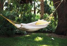 Backyard Hammock, Diy Hammock, Indoor Hammock, Hammock Swing, Backyard Patio, Hammocks, Backyard Ideas, Patio Ideas, Garden Ideas
