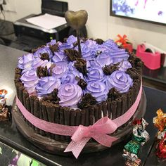 A special person deserves a special cake! Drop by at Cake Lounge for special cakes! #Pune Order cakes online on http://www.indiacakes.com/