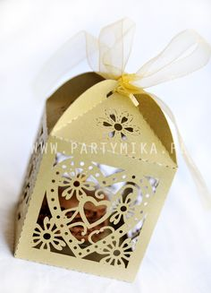 Pomysły na prezent dla gości weselnych - partymika Gift Wrapping, Gifts, Gift Wrapping Paper, Presents, Wrapping Gifts, Favors, Gift Packaging, Gift