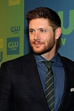Every girl's crazy 'bout a sharp dressed man!  #Jensen CW Upfronts 2014 #Rawr