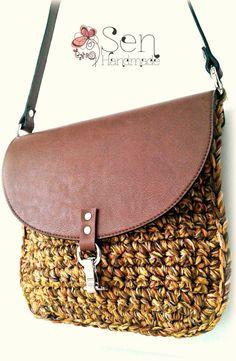 Crochet saddle bag