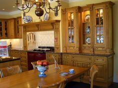 Victorian Kitchen Design in the Victorian Era: Clasic Victorian Kitchen.