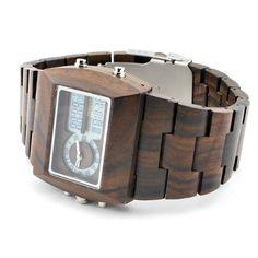 Ons houten horloge Badui is een zeer stijlvol model. De combinatie van Black Sandel hout met de digitale tijdweergave maakt het geheel tot een natuurlijk en toch ook modern klokje. Een ideale mix voor een uniek horloge!   http://www.looyenwood.nl/product/houten-horloge-badui/