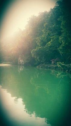 Tamburasi,Kolaka, south east celebes..the most short river in the world