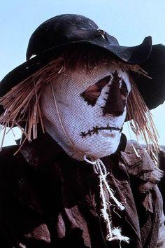 Syn is the Scarecrow Sci Fi Horror, Horror Movies, Scarecrow Movie, Walt Disney Treasures, Romney Marsh, League Of Extraordinary Gentlemen, Zombie Hunter, Disney Movies, Disney Stuff