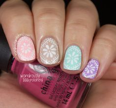 All China Glaze Pastel Mani White lace design on different pastel polishes, like papel picado #DiaDeMuertos #DayOfTheDead