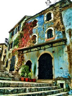 Mostar, Bosnia and Herzegovina Old Homes pinterest.com/multicityworld/old-homes/ multicityworldtravel.com Hotel And Flight Deals.