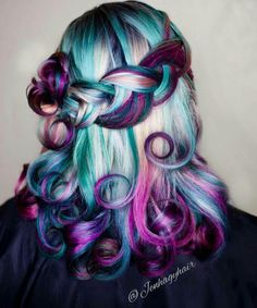 Amazing Hairstyle!! Rainbow Hair