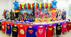 Súper heroes party ! #CoolCornerBistro